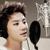 [Lyric] I Turn Around And Around by: Xiah Junsu